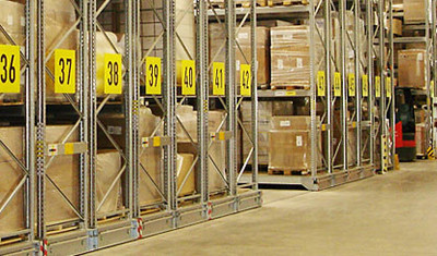 powered-mobile-pallet-racking_564-3