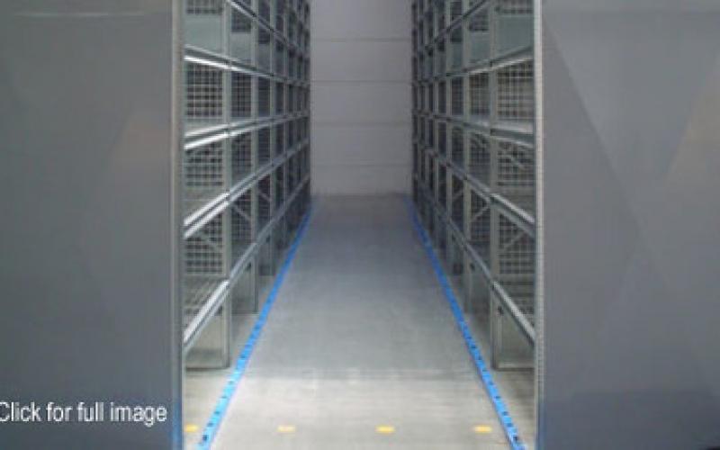 hi280-narrow-aisle-shelving_547-3